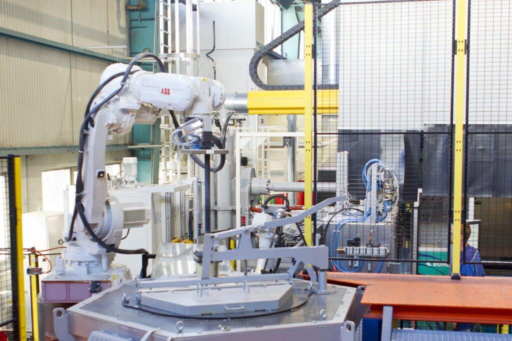 Rheo Casting Roboter 3 Aluentnahme_highres Aspect Ratio 3 2
